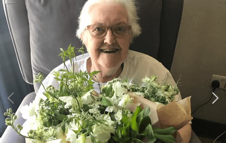 London Hospice Patients Given Gift Of Royal Wedding Flowers